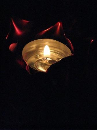 candle-dark