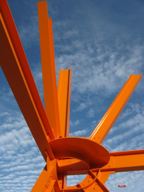 "Sculpture ""The Calling"" by Mark di Suvero, outside Milwaukee Art Museum. (Photo by Humble Genius.)"