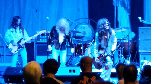 Kashmir covered Led Zeppelin songs Saturday night.