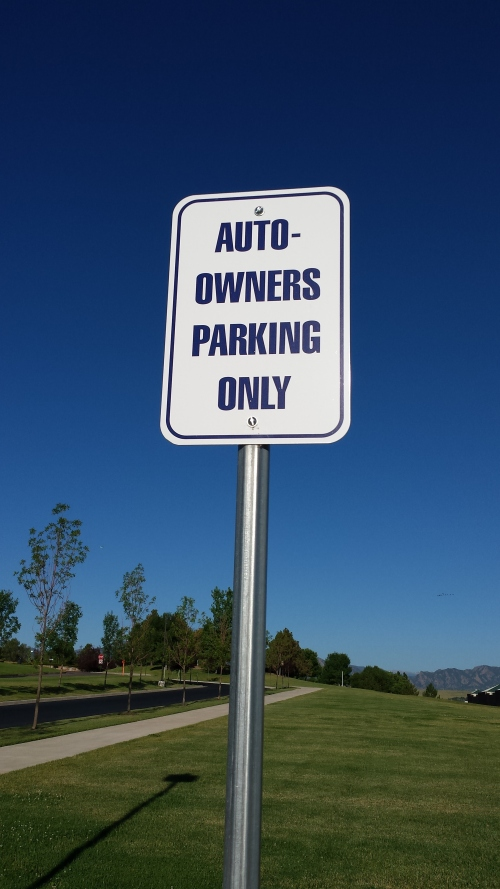 At first I thought auto-renters such as myself couldn't park here. Then I learned that