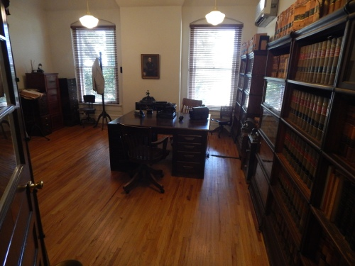 This courthouse room off the central lobby of the first floor is set up as a typical lawyer's office of the 1930s, the setting of To Kill a Mockingbird.